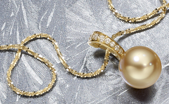 The Lasting Allure of Gold Jewellery