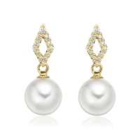 Zigzag Diamond Earrings in Yellow Gold with Akoya Pearls
