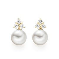 Astral Cluster Studs in Yellow Gold with Akoya Pearls