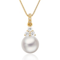 Astral Cluster Akoya Pearl Pendant in Yellow Gold