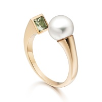 Lily Eclipse Pearl Ring