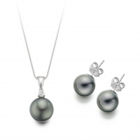 Black Tahitian Pearl Pendant Necklace and Earrings Set