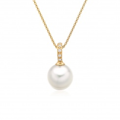 Mythologie Akoya Pearl and Diamond Pendant in Yellow Gold-APVARYG1078-2